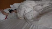 出会い系 寝起きの看護師に巨根ぶち込んで目覚めさせ中出し